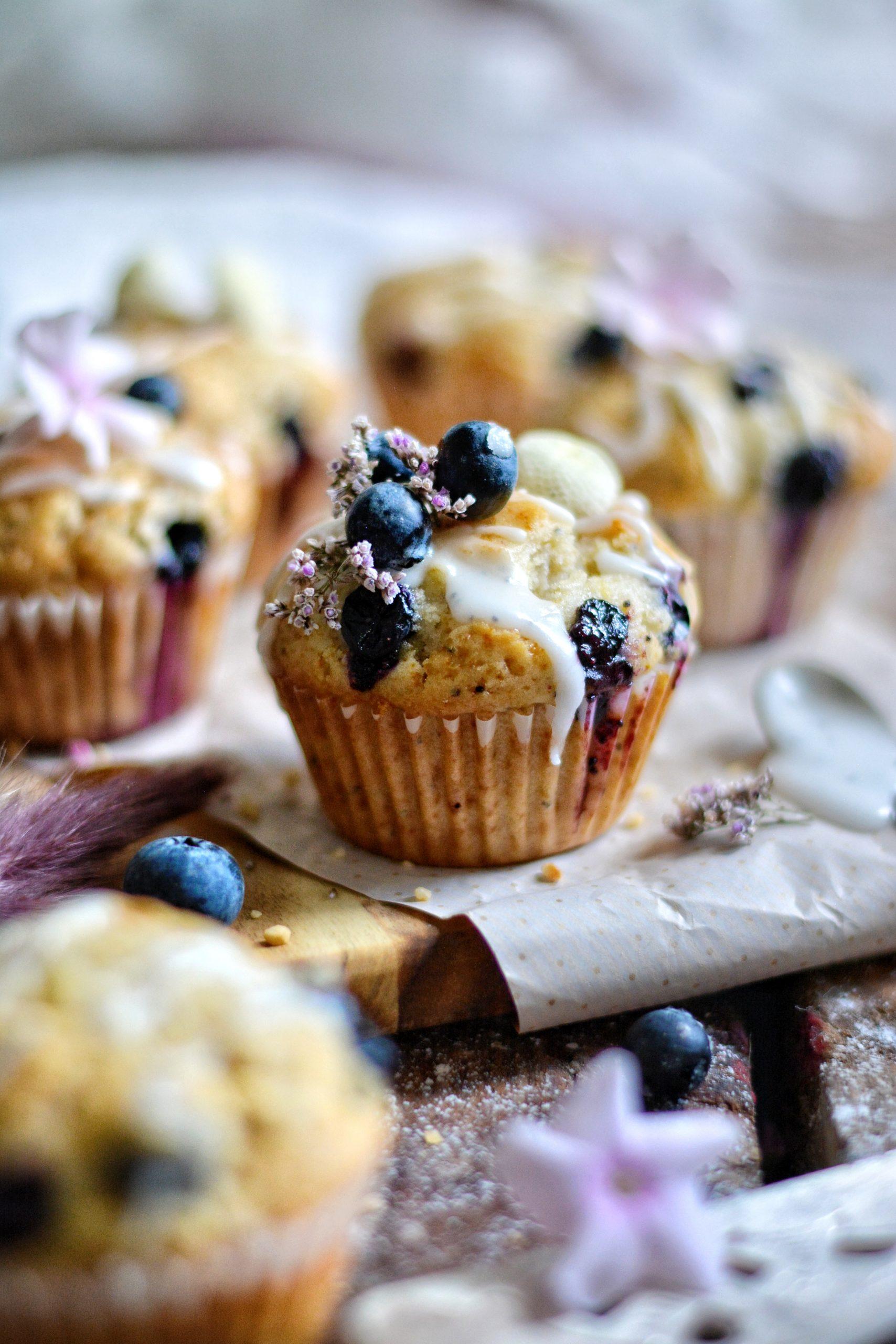 Muffins Vegan aux Myrtilles et Graines de Pavot / Vegan Blueberry and Poppy Seeds Muffins