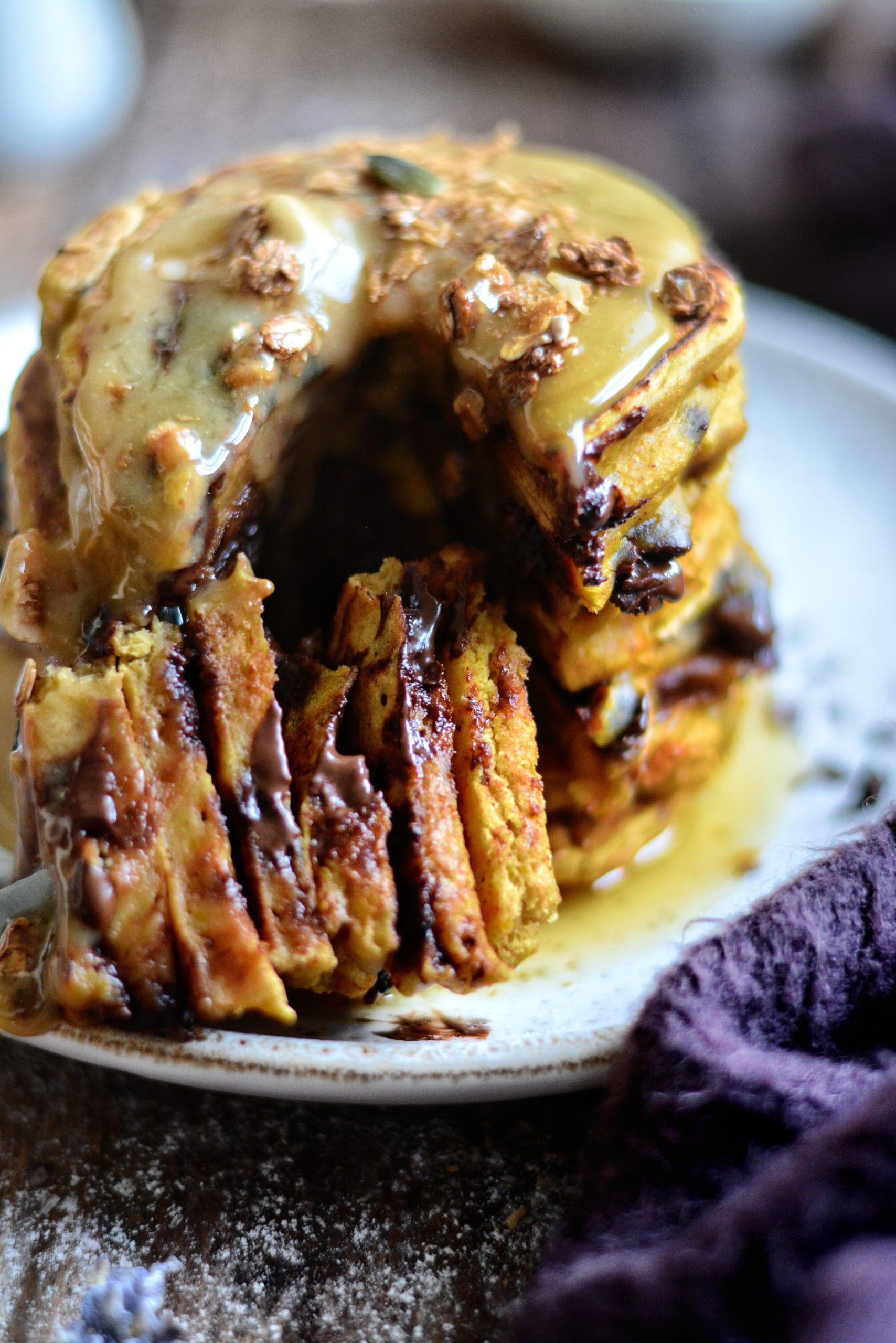 Pancakes Vegan Potiron, Caramel au Sirop d'Erable / Vegan Pumpkin Pancakes and Maple Syrup Caramel