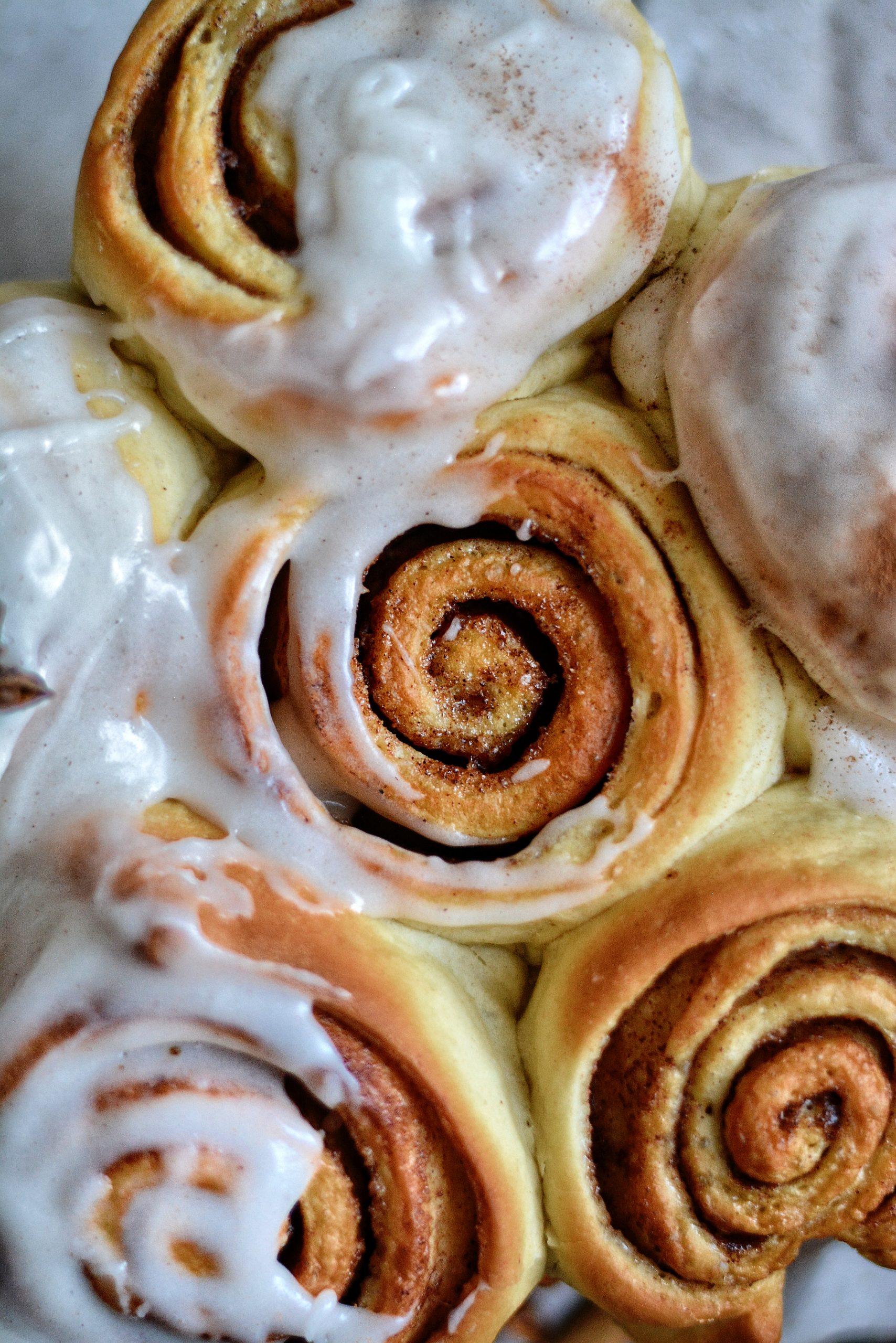 Roulés Briochés Vegan Faciles à la Cannelle et au Gingembre / Easy Vegan Gingerbread Cinnamon Rolls