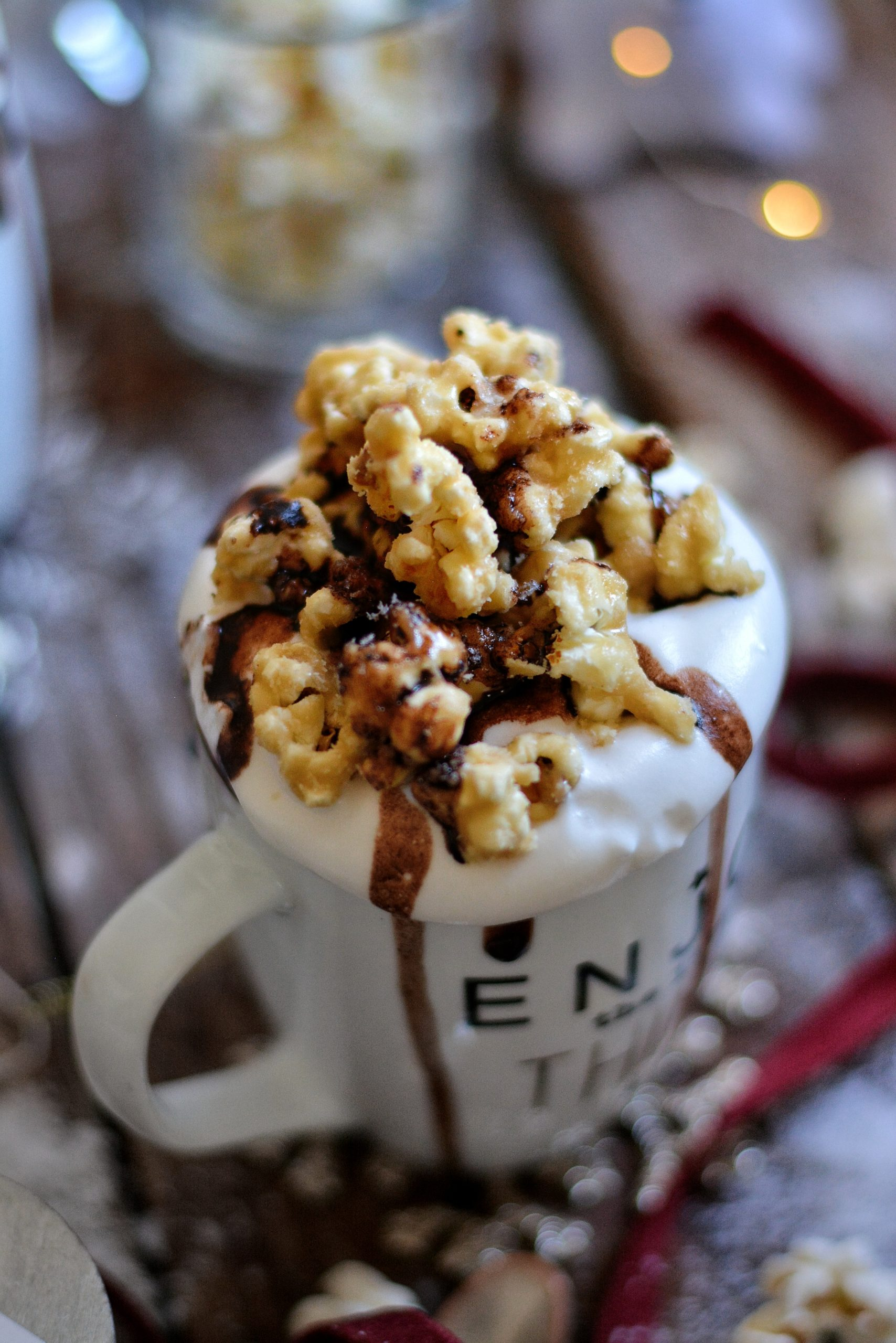 Chocolat Chaud Vegan Riche au Pop Corn / Vegan Rich Pop Corn Hot Chocolate