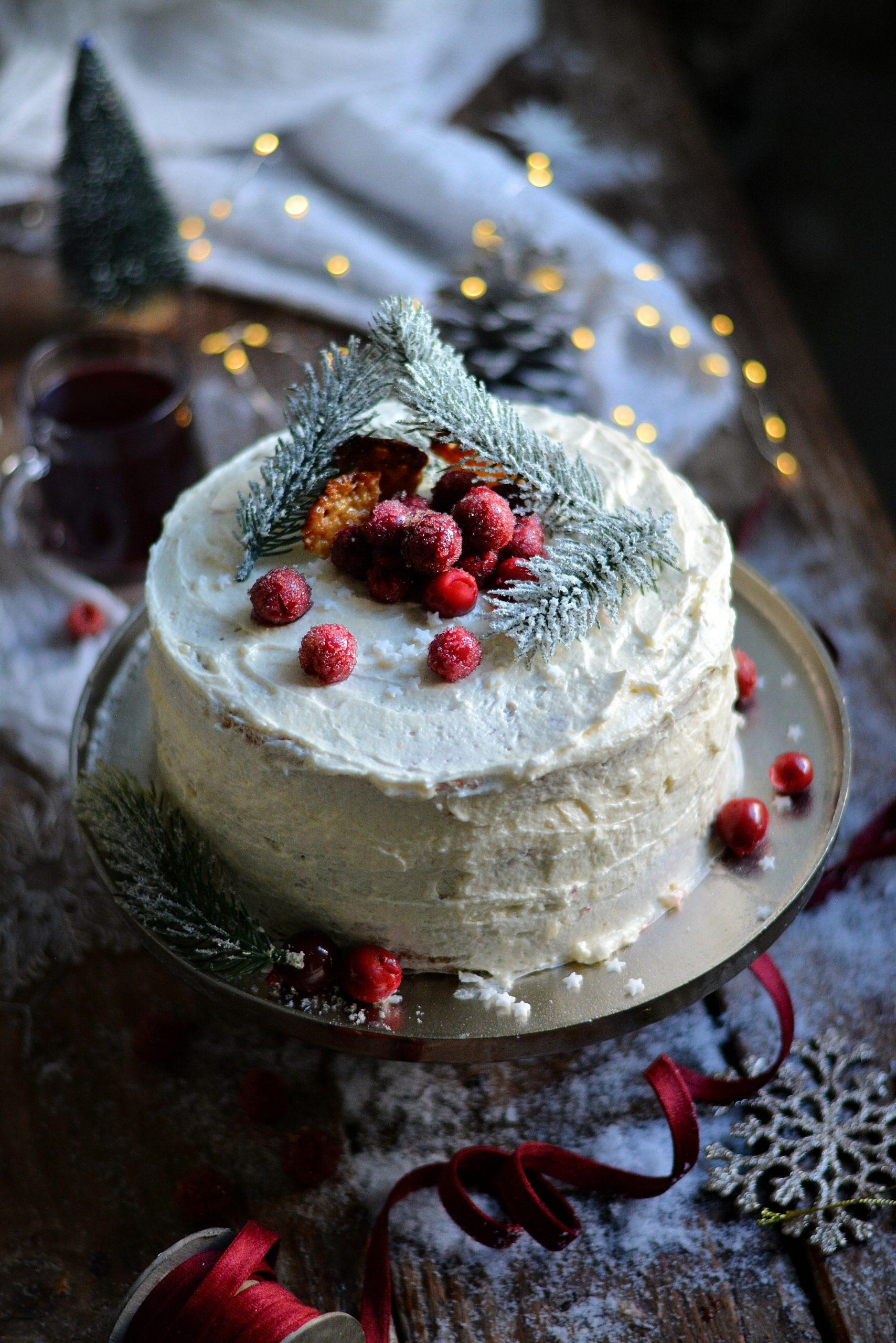 Gâteau de Noël Vegan à Etages aux Griottes / Vegan Christmas Sour Cherry Layer Cake