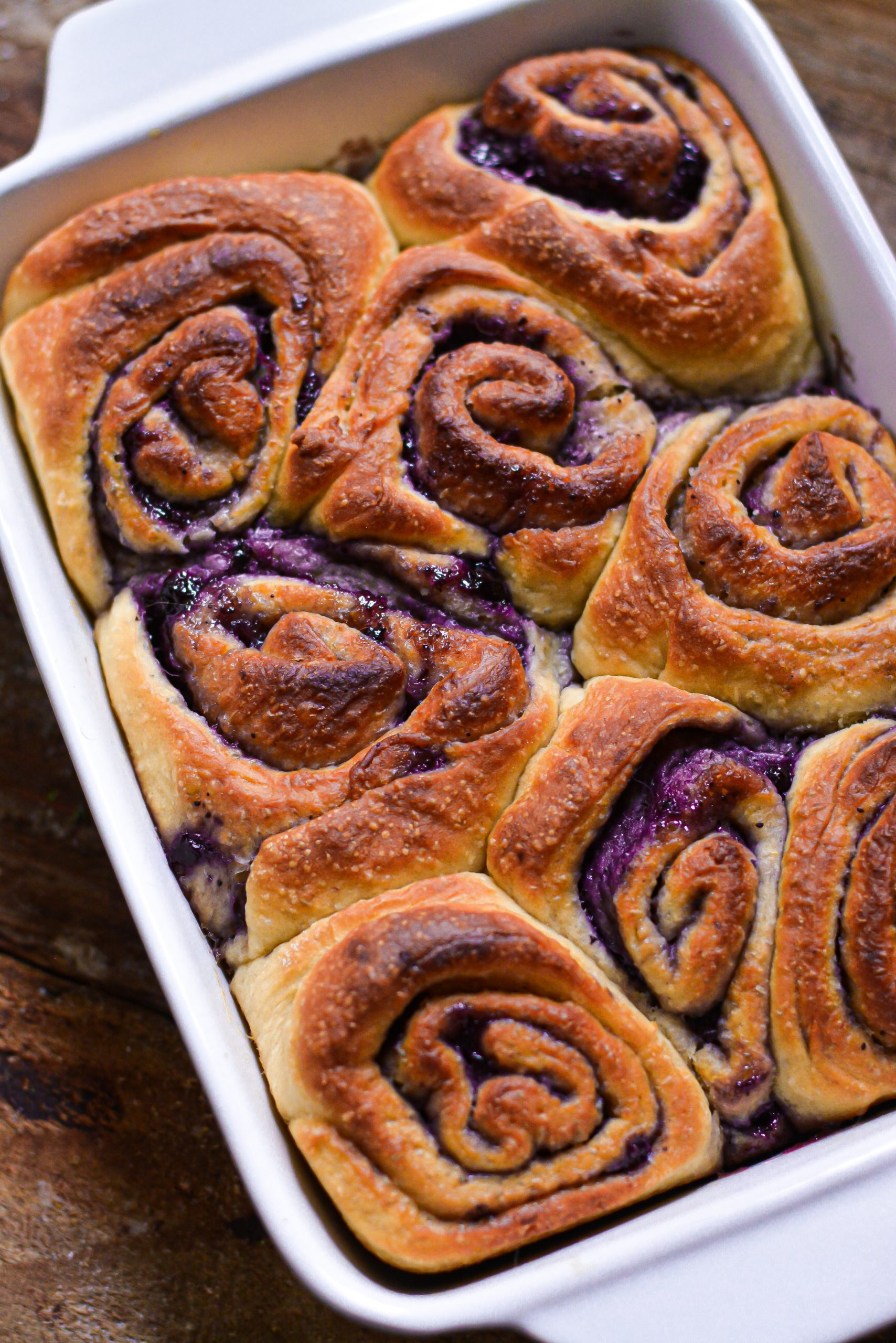 Roulés Briochés Vegan aux Myrtilles / Vegan Blueberry Brioche Rolls