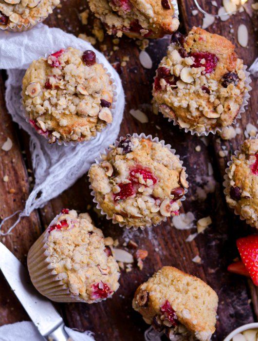 Muffins Vegan Streusel Amandes, Fraises / Vegan Strawberry, Almond Streusel Muffins
