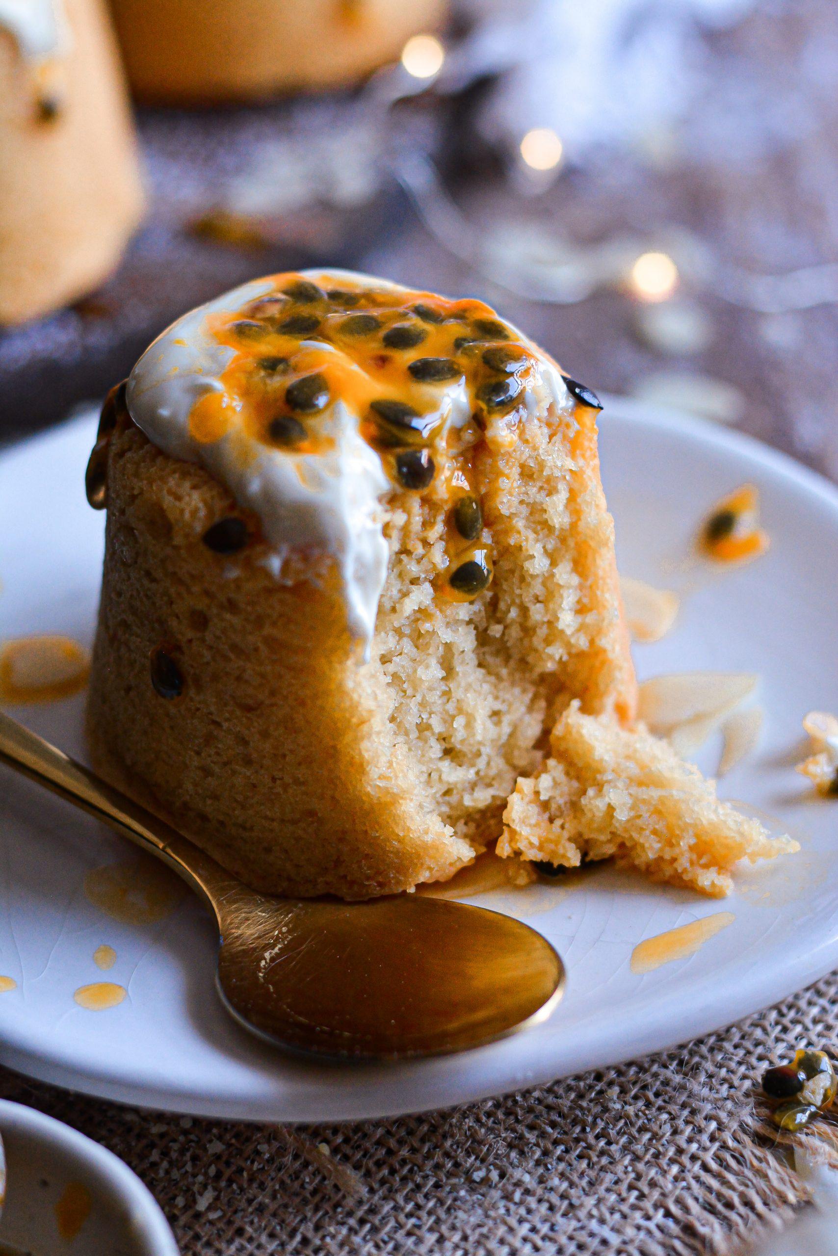 Mini Gâteaux Vegan Amande, Fruit de la Passion / Mini Vegan Almond, Passion Fruit Cakes