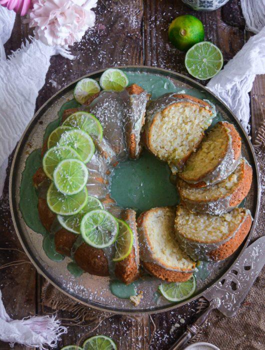 Bundt Cake Vegan Citron Vert, Noix de Coco / Vegan Lime, Coconut Bundt Cake