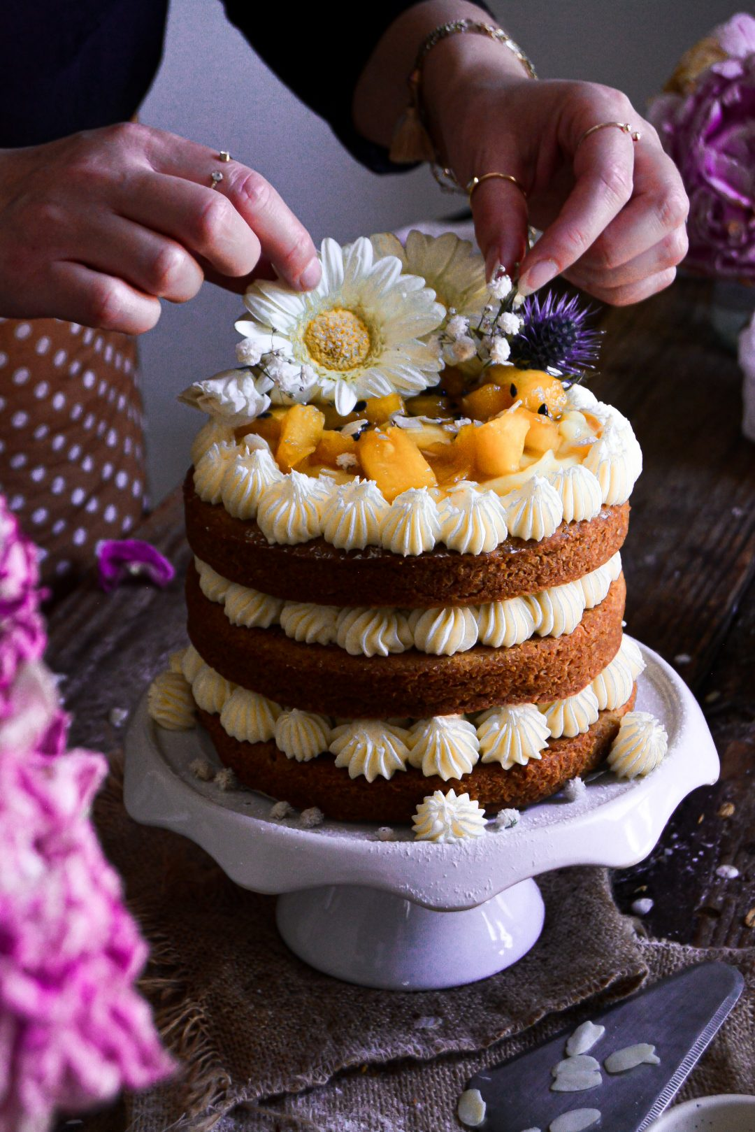 Gâteau Vegan Ananas, Noix de Coco / Vegan Coconut, Pineapple Layer Cake