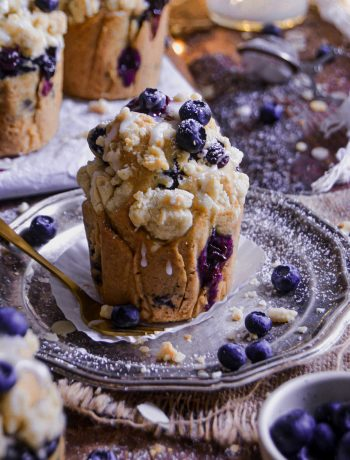 Muffins Vegan Streusel Géants aux Myrtilles / Vegan Blueberry Streusel Jumbo Muffins