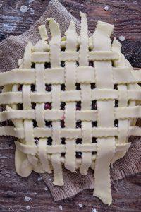 Tarte Vegan Quadrillée aux Cerises / Homemade Vegan Cherry Lattice Pie